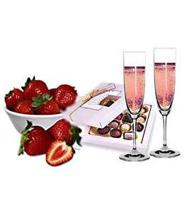 Hot Strawberries Champagne