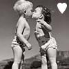 Kids Kiss Icon