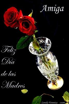 Feliz dia de las madres amiga